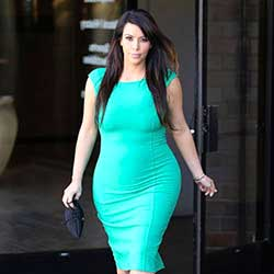 Kim Kardashian: Glowing in Green