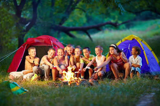pros and cons of going on a camping holiday