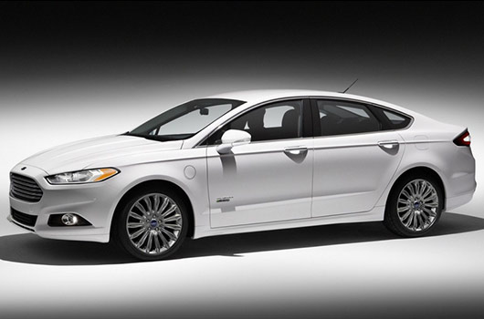 Ten-2014-Hybrid-Cars-with-Pros-and-Cons-Photo2