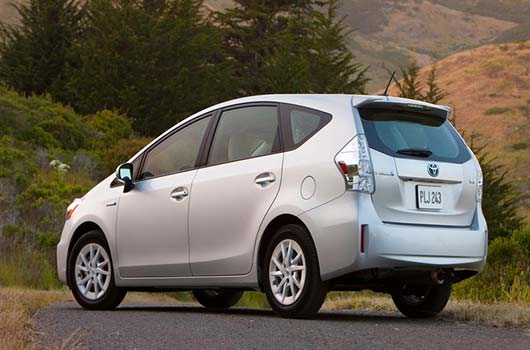 the best hybrid cars 2014 for those in pursuit of an eco. Black Bedroom Furniture Sets. Home Design Ideas